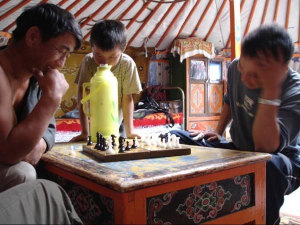 Jouets et jeux traditionnels de Mongolie