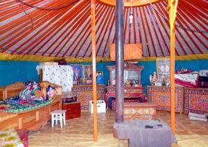 Yourte mongole vue de l'intérieur